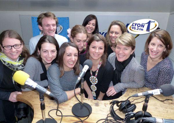 L'équipe des blogueurs qui intervient chaque semaine dans l'émission De parents à parents